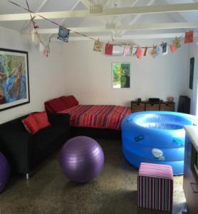 birth retreat interior a